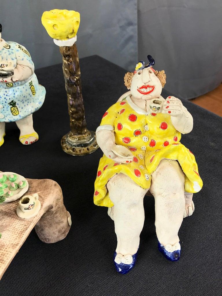 "Cynthia Hipkiss ""Four Ladies at Tea"" Five-Piece Ceramic Sculpture, 1987 For Sale 1"