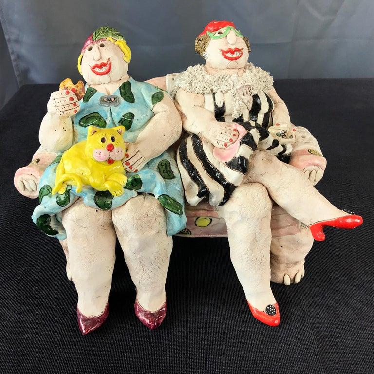 "Cynthia Hipkiss ""Four Ladies at Tea"" Five-Piece Ceramic Sculpture, 1987 For Sale 2"