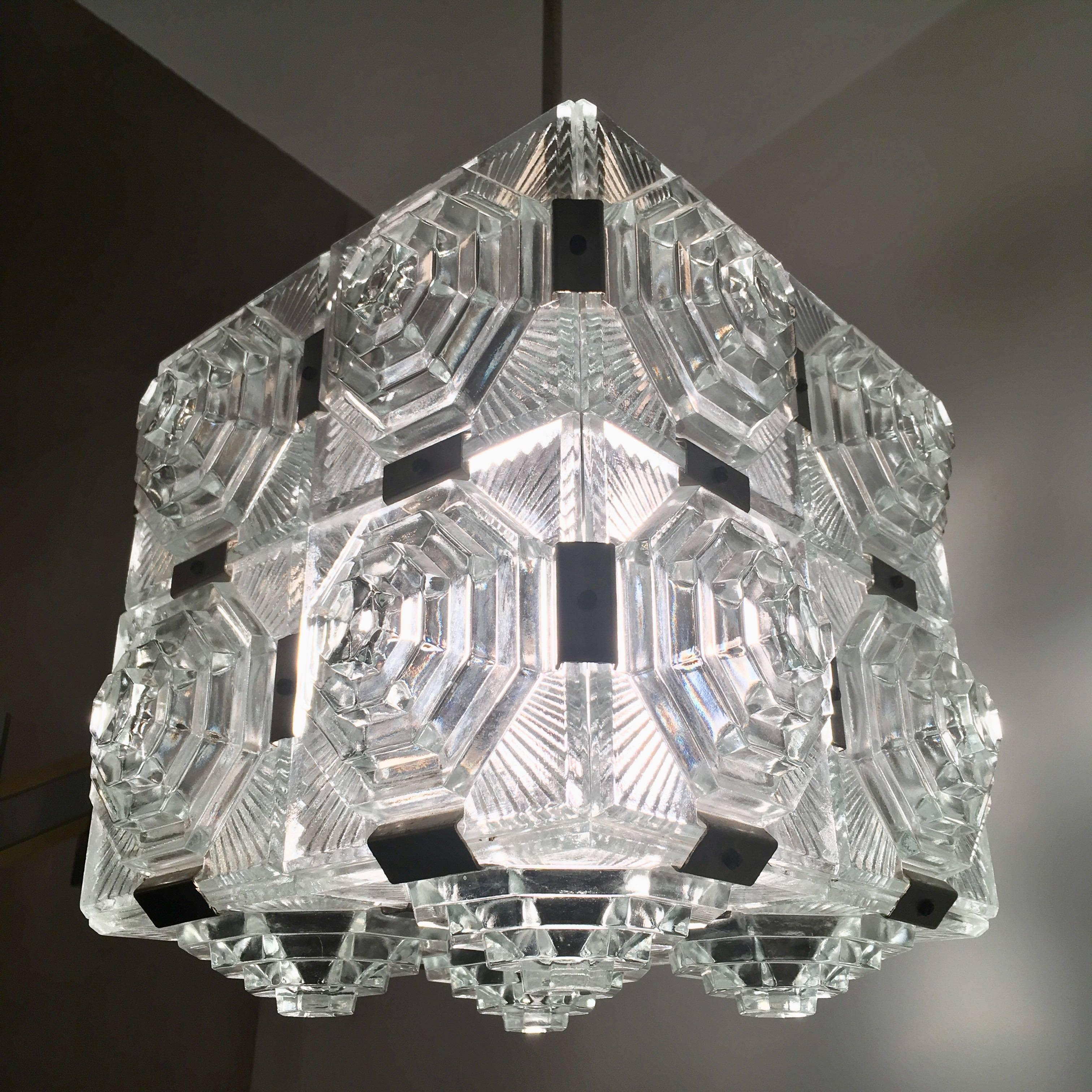 ceiling timothy classic products chandelier light cm oulton lighting volt crystal ts chandeliers