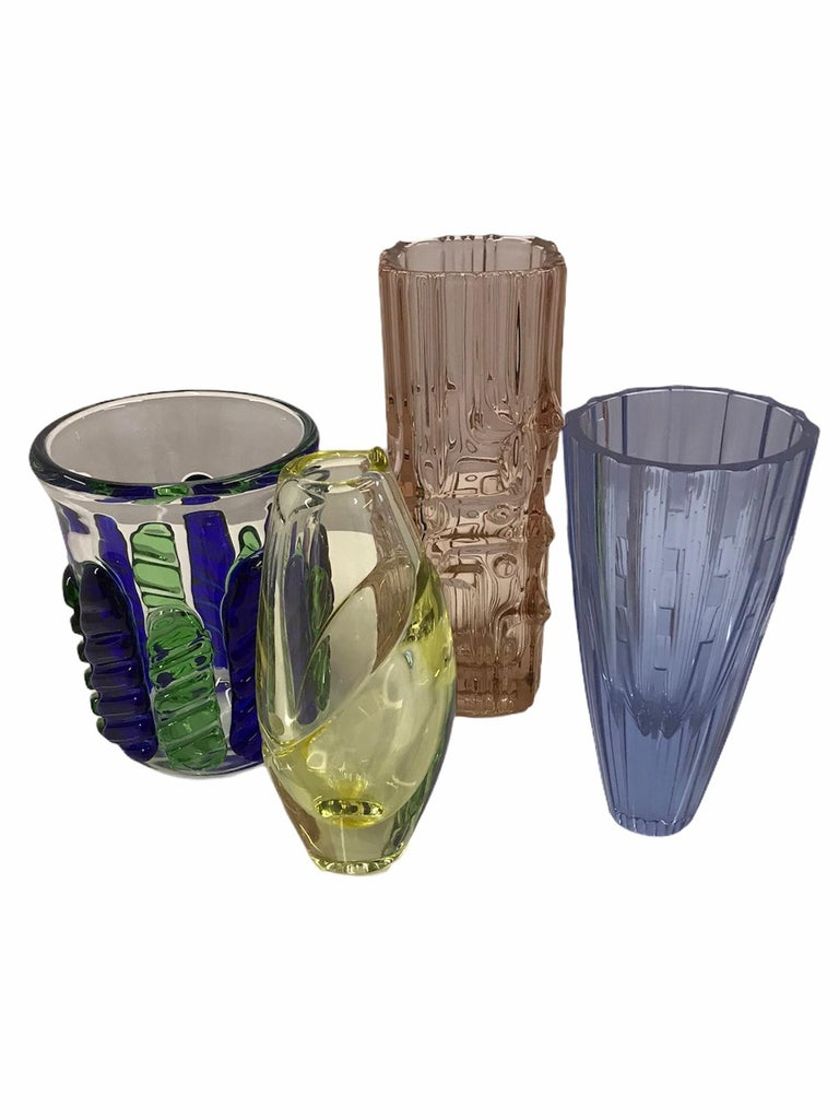Czech Modern Blown Glass Vase by Ježek Pavel, Czechoslovakia, 1975 For Sale 5