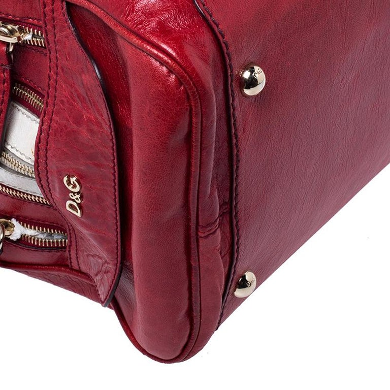 D and G Red Leather Lily Duffle Bag For Sale 6
