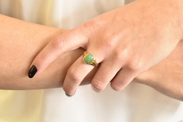D & F Victorian Jadeite Jade 18 Karat Gold Unisex Ring GIA For Sale 2
