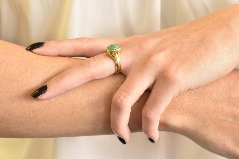 D & F Victorian Jadeite Jade 18 Karat Gold Unisex Ring GIA For Sale 3