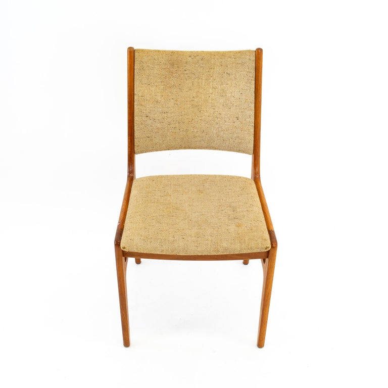 D-Scan Mid Century Dining Chair, Set of 3 For Sale 5