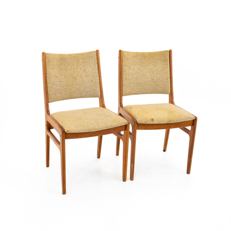 Singaporean D-Scan Mid Century Dining Chair, Set of 3 For Sale