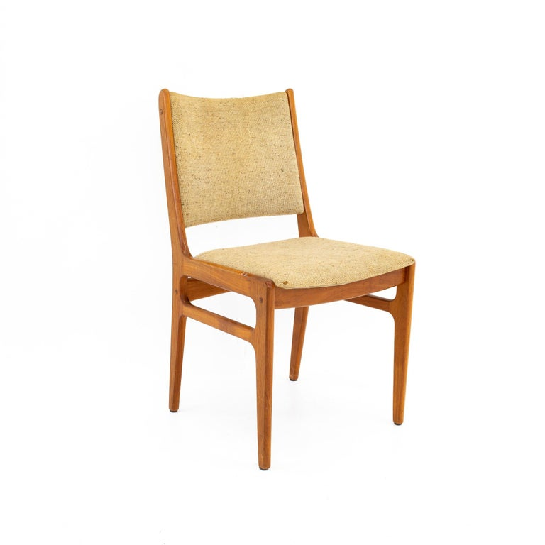 Upholstery D-Scan Mid Century Dining Chair, Set of 3 For Sale