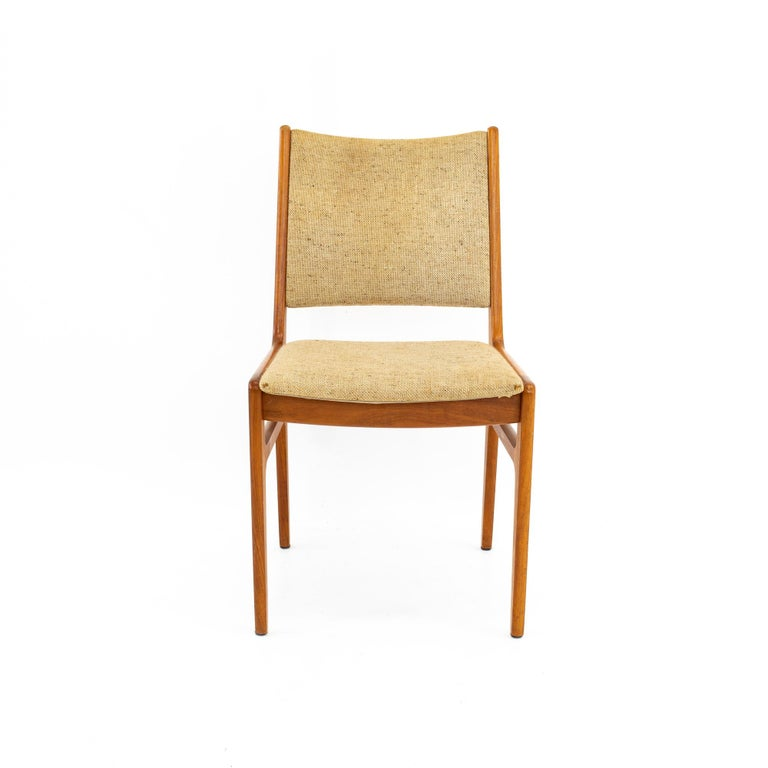 D-Scan Mid Century Dining Chair, Set of 3 For Sale 2