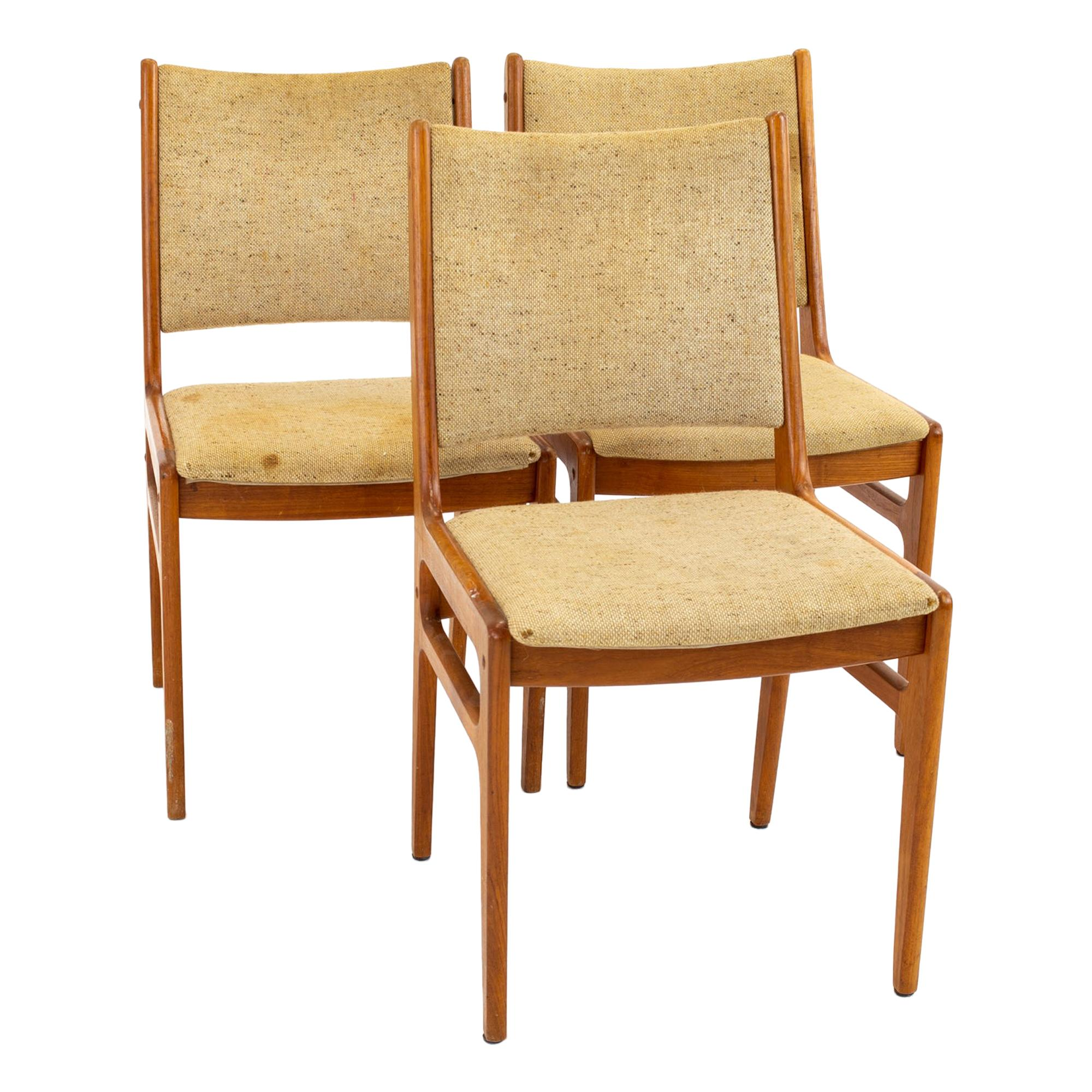 D-Scan Mid Century Dining Chair, Set of 3