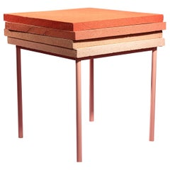 D33 - Support Table by Cultivado Em Casa