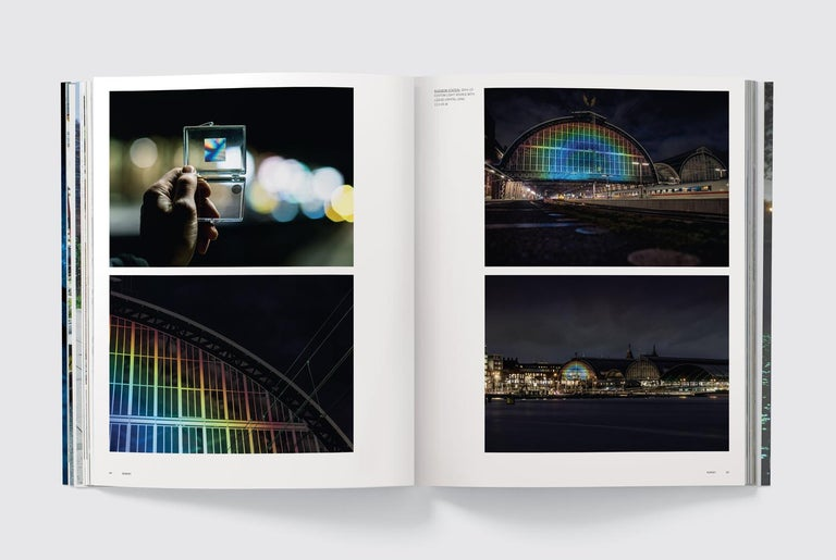 Paper Daan Roosegaarde 'Phaidon Contemporary Artists Series' For Sale