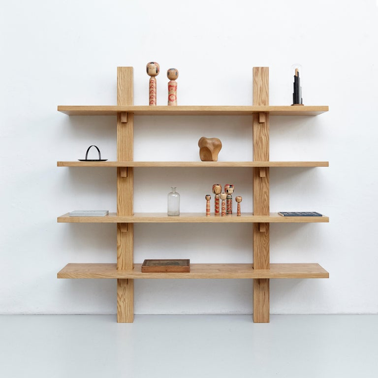 Wall-mounted shelve by Dada - Est. 