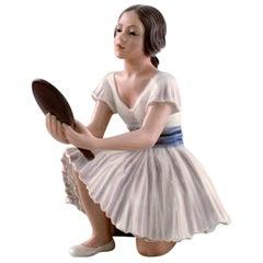 Dahl Jensen Porcelain Figurine. Ballerina with Mirror. Model Number 1224