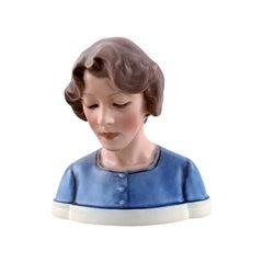 Dahl Jensen Porcelain Figurine, Bust of Porcelain Painter, Model Number 1251