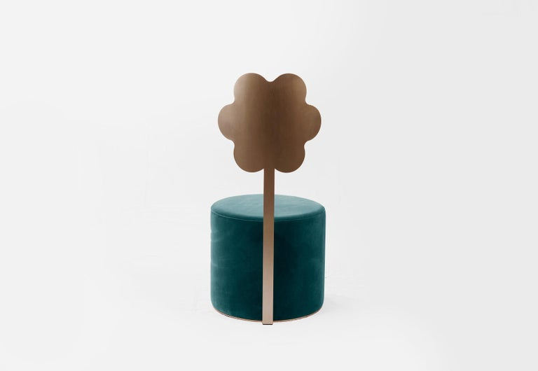 The 'Giardino Botanico' collection features five pouffes, each with a backrest inspired by a distinctive botanic shape. The backrest has some flexibility for added comfort and is gently curved to cradle the user. The 'Giardino Botanico' collection