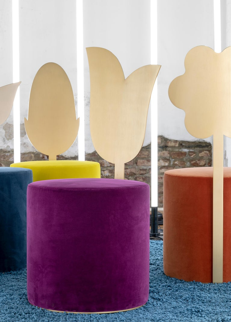 Daisy Contemporary Pouf in Metal and Fabric by Artefatto Design Studio In New Condition For Sale In London, GB