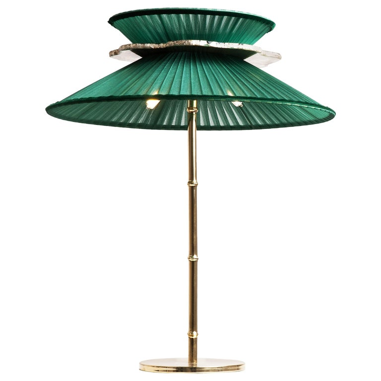 Daisy Contemporary Table Lamp Emerald Silk Glass Silvered Necklace, Gloss Brass For Sale