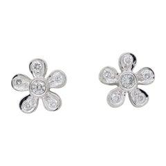 Daisy Diamond Stud Earrings in 18 Karat White Gold