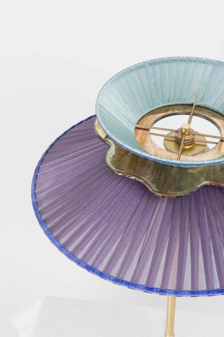 Daisy Table Lamp in Satin Brass Violet-Mint Silk Lampshade Silver Glass Necklace For Sale 1