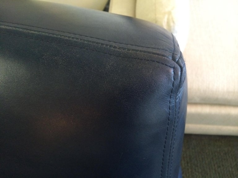 20th Century Dakota Jackson Leather Swivel Chair For Sale