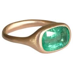 Dalben 2,65 Carat Emerald Rose Gold Ring