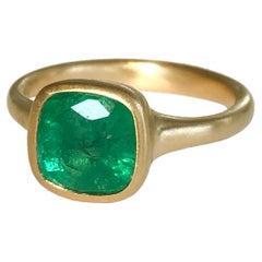 Dalben 2,84 Carat Emerald Yellow Gold Ring
