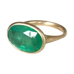 Dalben 5.5 Carat Oval Emerald Yellow Gold Ring