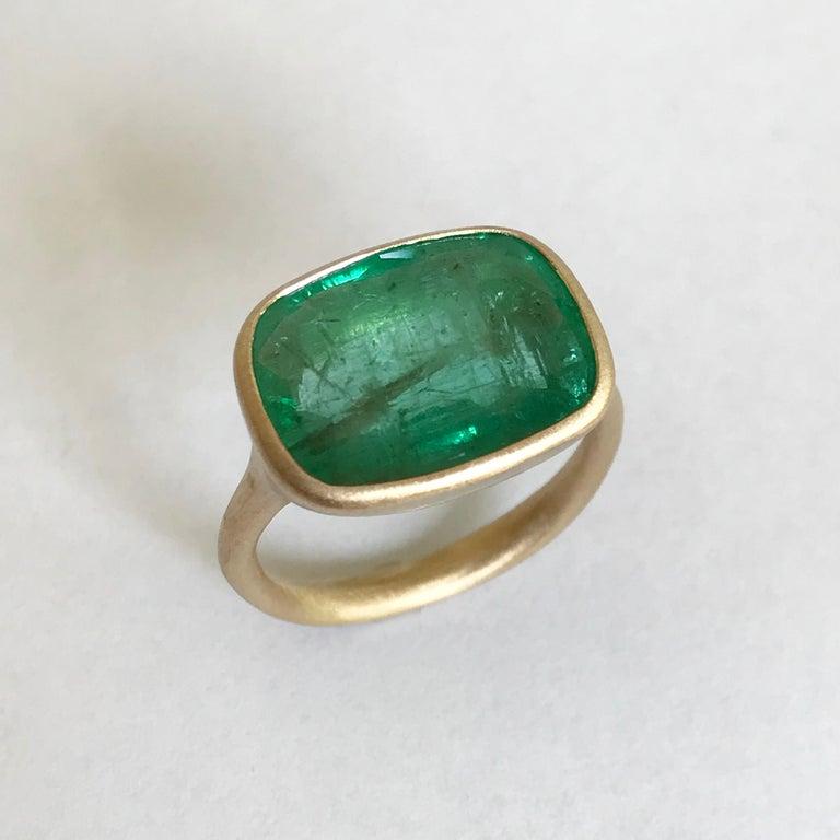 Cushion Cut Dalben 8.8 Carat Pale Green Emerald Yellow Gold Ring For Sale