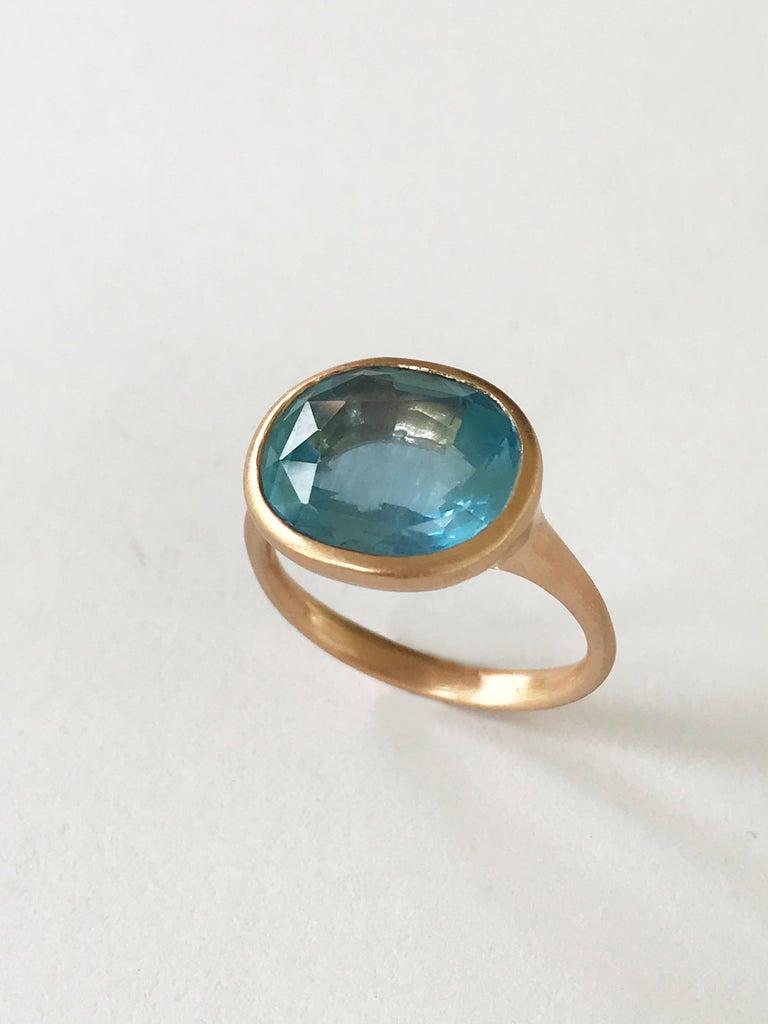 Contemporary Dalben Aquamarine Rose Gold Ring For Sale
