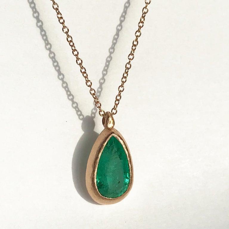 Dalben Design Emerald and Rose Gold Necklace 3