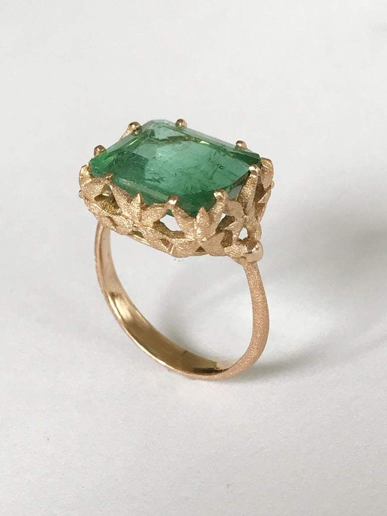 Women's Dalben Green Tourmaline Rose Gold Cocktail Ring For Sale