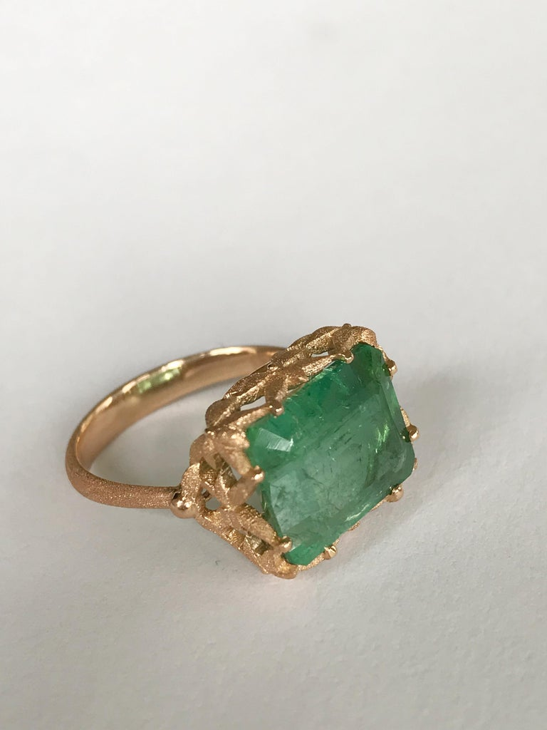 Dalben Green Tourmaline Rose Gold Cocktail Ring For Sale 1