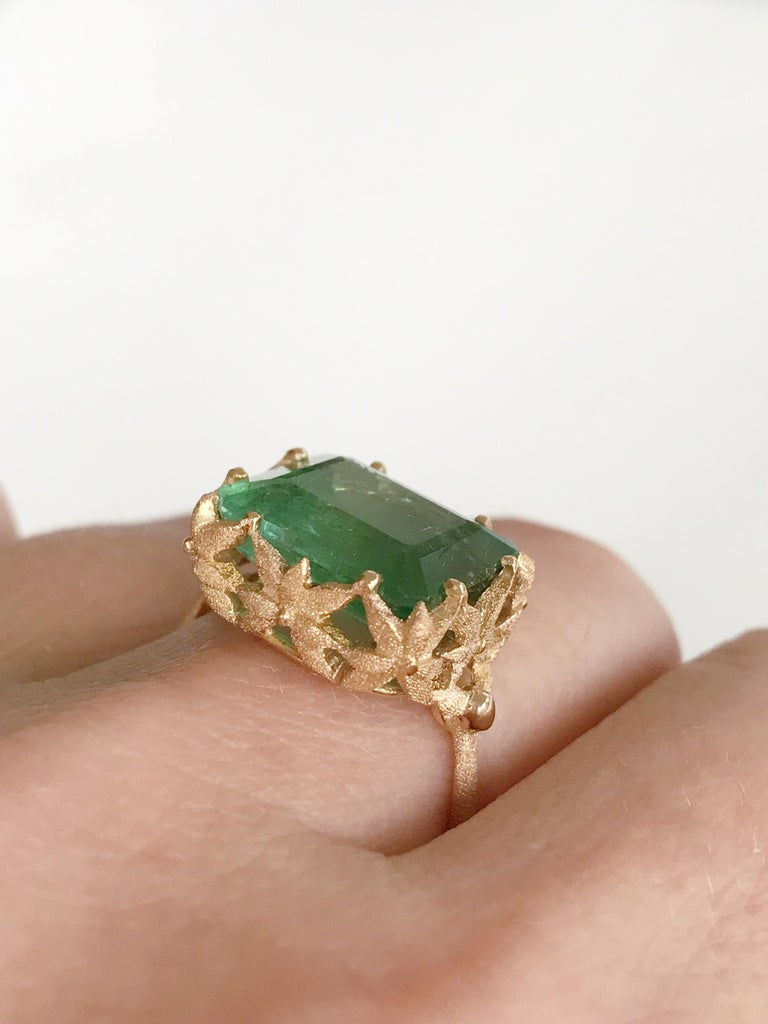 Dalben Green Tourmaline Rose Gold Cocktail Ring For Sale 3