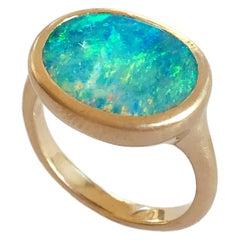 Dalben Oval Australischer Gelb Gold Opal Ring