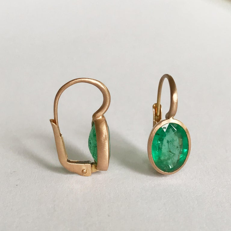 Dalben Oval Cut Emerald Rose Gold Earrings For Sale 2