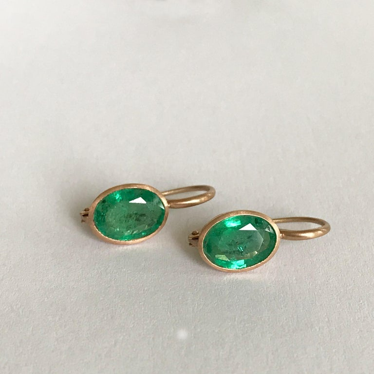 Dalben Oval Cut Emerald Rose Gold Earrings For Sale 4