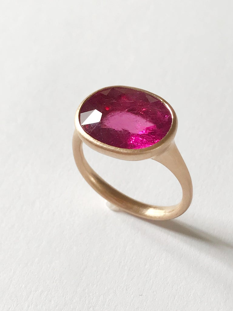 Oval Cut Dalben Rubellite Rose Gold Ring For Sale