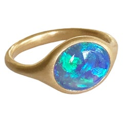 Dalben Small Australian Opal Yellow Gold Ring