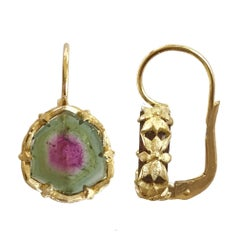 Dalben Watermelon Tourmaline Engraved Gold Earrings
