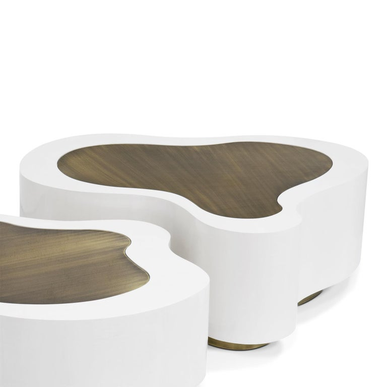 Hand-Crafted Dalia White Brass Set of 2 Coffee Table For Sale