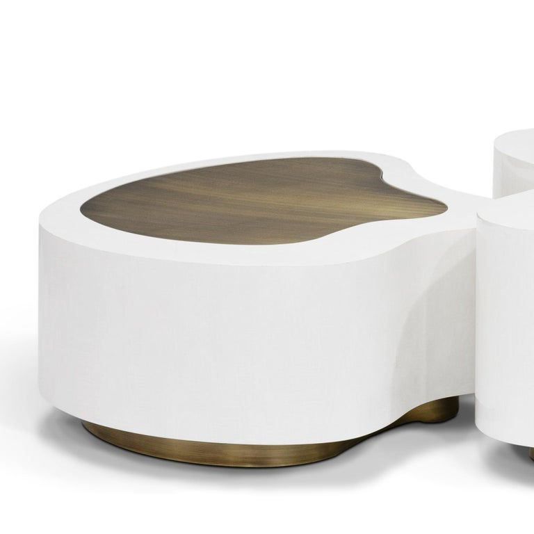 Dalia White Brass Set of 2 Coffee Table In New Condition For Sale In Paris, FR