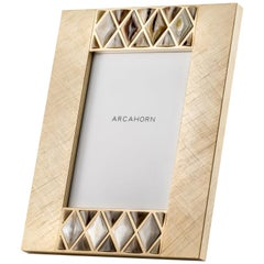 Dalila Picture Frame in Corno Italiano and Hand Engraved Gilded Brass, Mod. 4002