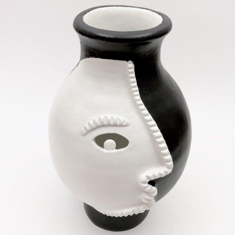 Dalo, Monumental Black and White Ceramic Vase In Excellent Condition For Sale In Paris, FR