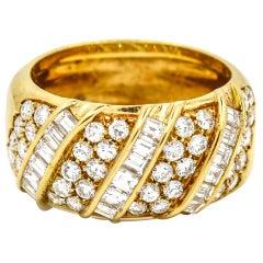 Damiani 2.00 Carat 18 Karat Yellow Gold Diamond Band Ring