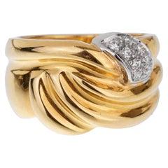 Damiani Vintage Yellow Gold Diamond Ring