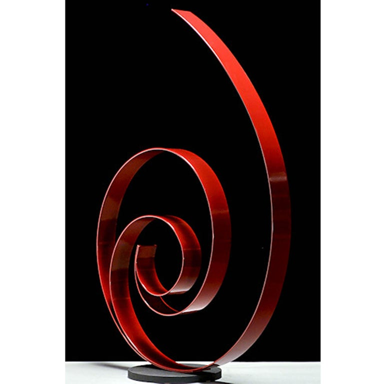 The sculptures of Damon Hyldreth appear both static and fluid, rigid and flexible, strong and smooth, effectively blurring the line between nature and structure. By crafting organic forms from an obviously man-made metal, Hyldreth creates a unique