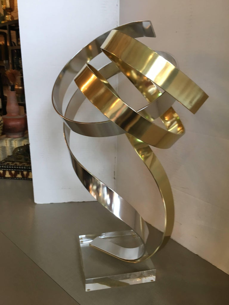 American Dan Murphy Ribbon Sculpture For Sale