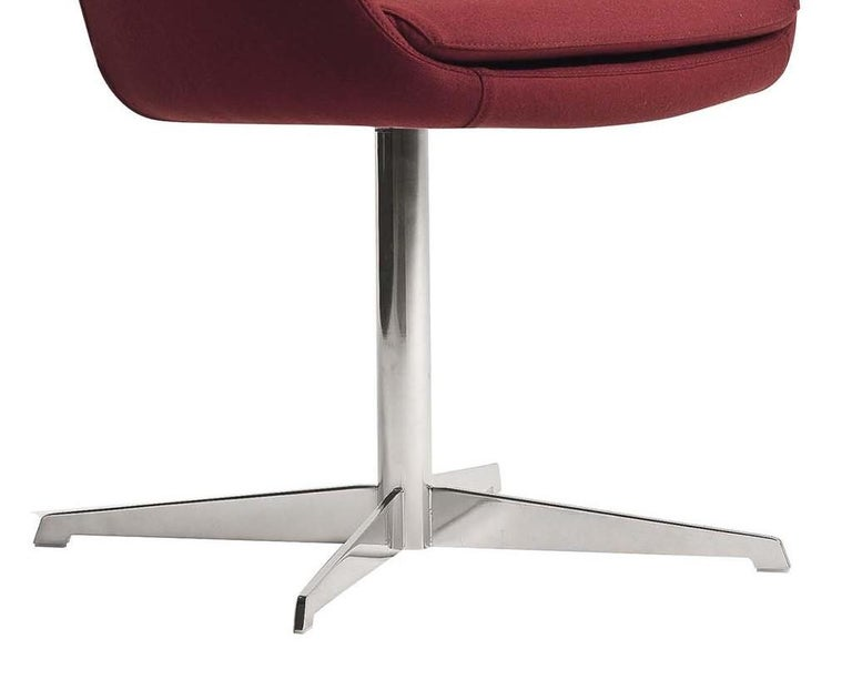 Dana Red Swivel Armchair In New Condition For Sale In Milan, IT