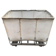 Dandux White Canvas Laundry Cart