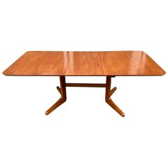 Dane Decor Dining Table with 1 Leaf