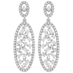 Dangle Diamond Earring in 18 Karat White Gold